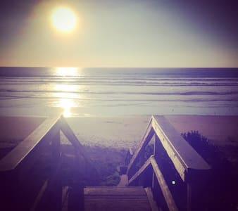 Beautiful Cayucos Beach Flat - Dom