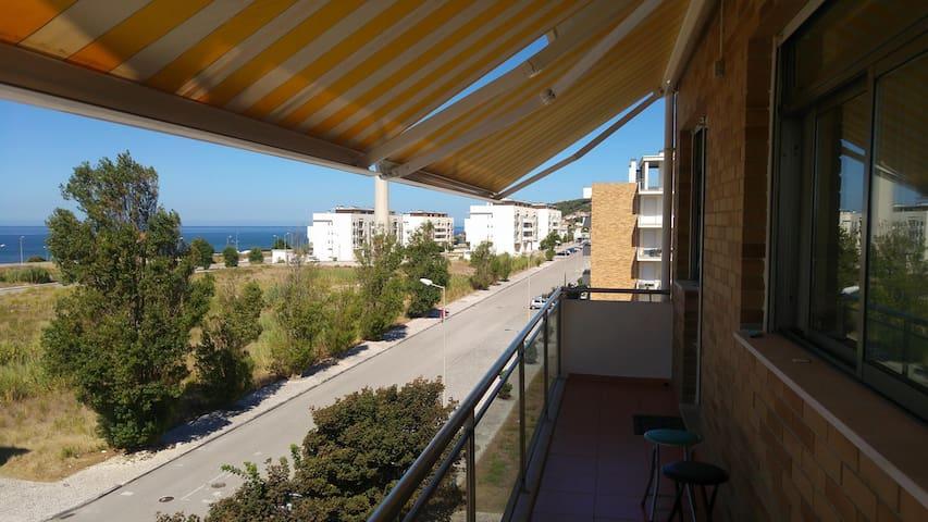 Appartement spacieux avec vue sur mer