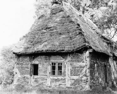 Tolles Hexenhäuschen auf dem Lande - Binnen - Dům pro hosty