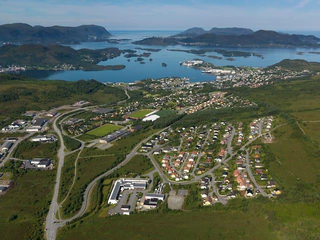 Stor ny bolig i hjertet av Sunnmøre - Ulsteinvik