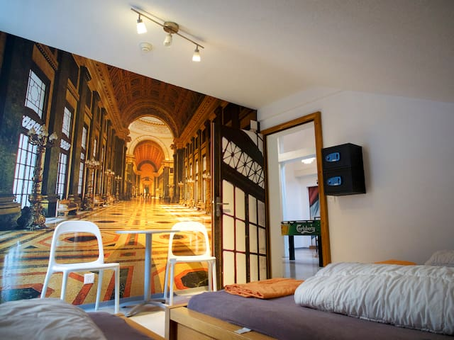 VIVA Hostel - 4 Bedroom - Chur - Sala sypialna