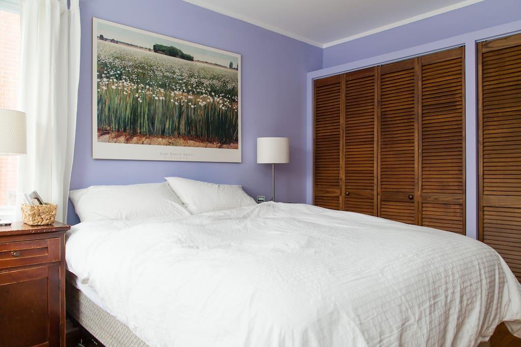Chambre des maîtres / Master bedroom.