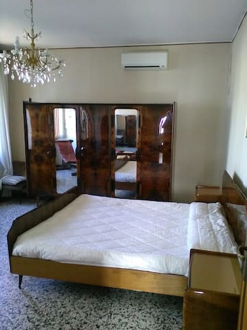 house in 1950 style convenient to Venezia - Venetsia - Talo