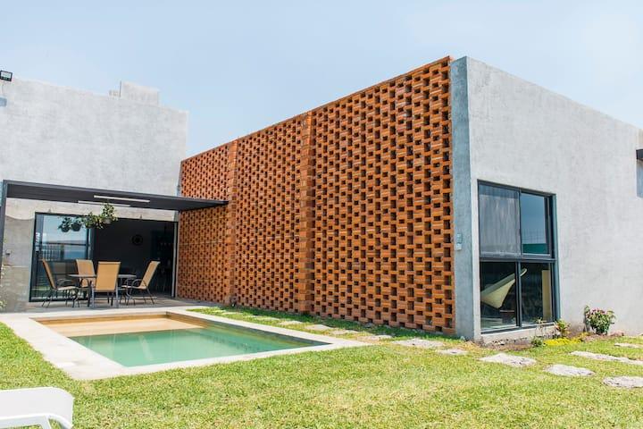 NUEVA Casa #2 El Campanario