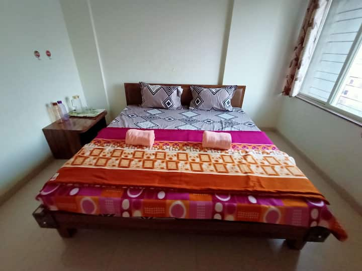 Cozy Spacious stay in kharadi
