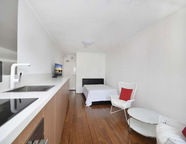 Perfect Sydney Holiday Apartment - Surry Hills - Apartment