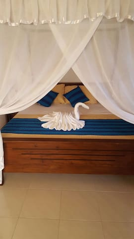 gg lodge double room 1 - Mirissa - Apartamento