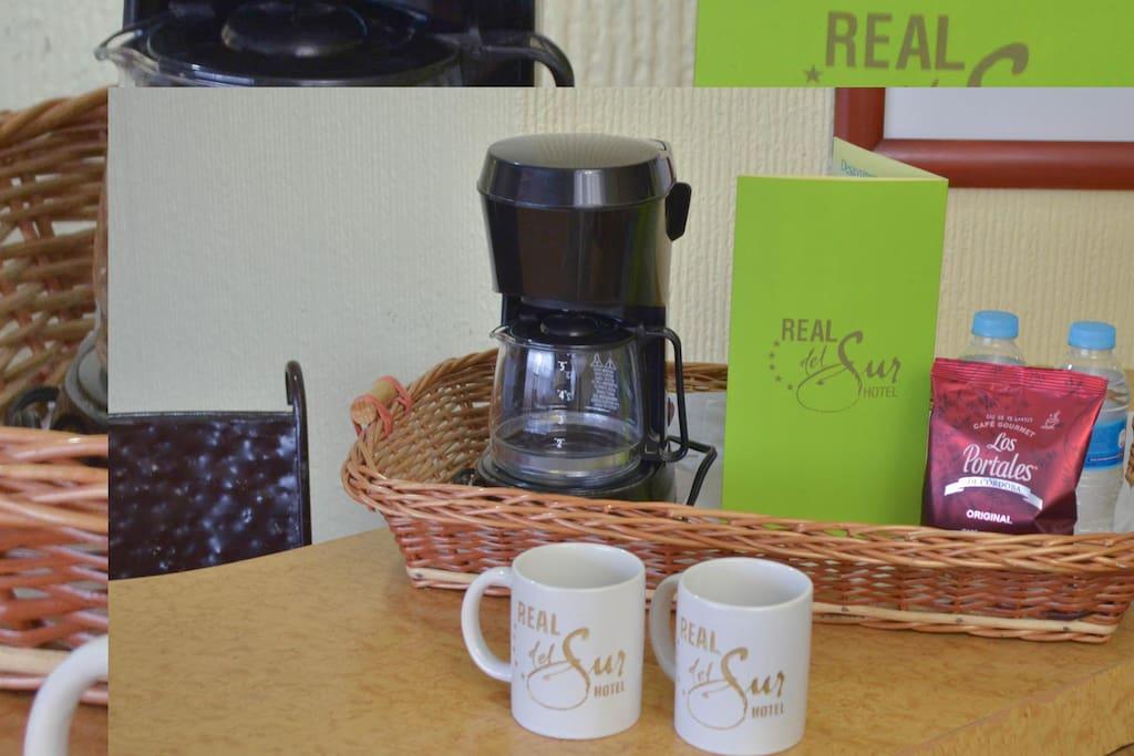 Servicio de café en la habitación