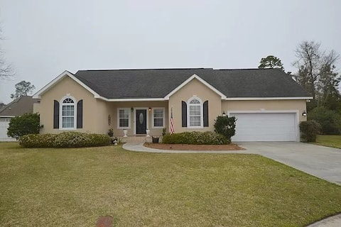 Coastal Dream 4BDR home w/nice back yard!