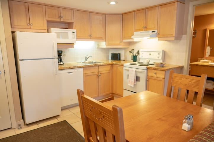 1BR at The Banff Rocky Mountain close to downtown