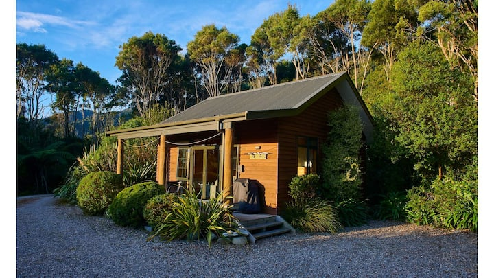 Paparoa Beach Hideaway One Bedroom House
