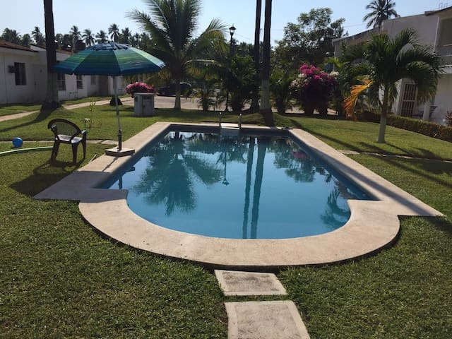 Playa Linda Casa con Alberca