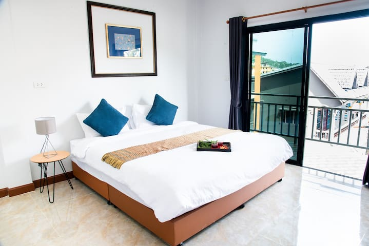 Good Holiday​ Good​ View​ Room size 37​ Sqm