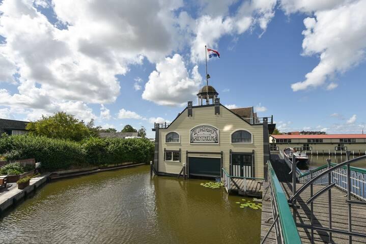 Cozy&Authentic House in Broek op Langedijk
