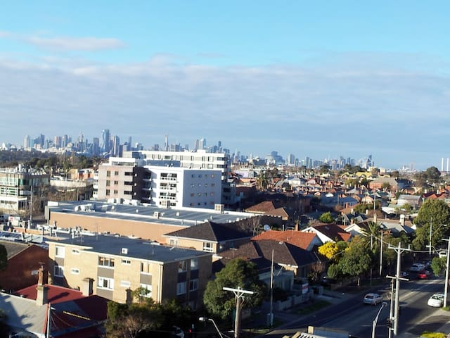 Moonee Ponds City Views Apartment