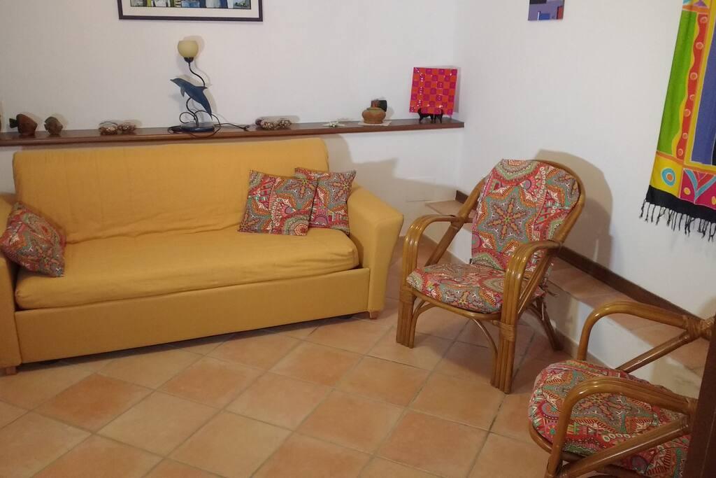 adiacente alla zona giorno, dotata di divano letto utilizzabile per piu persone