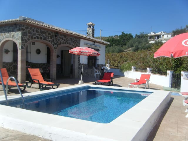 Casa Los Luceros - Sedella - Huis