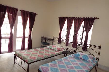 A tasteful B&B in a leafy locality - Kalkutta - Bed & Breakfast