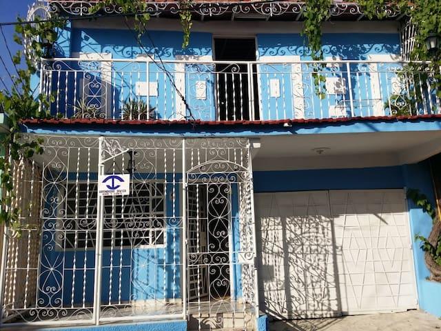 Casa Mary y Santi