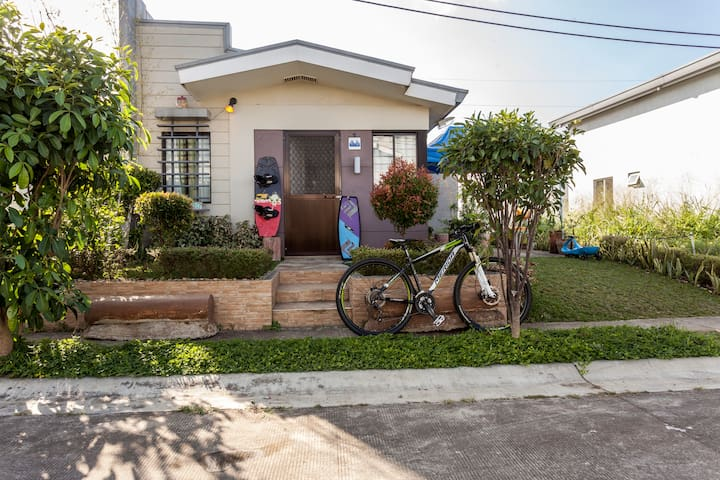 Wakeboarding/Biking house Nuvali - Santa Rosa - Rumah
