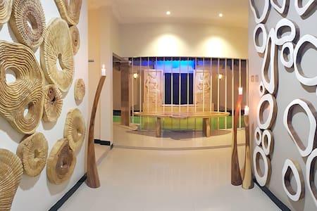 SURFRIDER YOGYAKARTA - Kolam Renang Pribadi