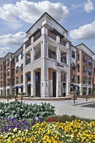 The Collections- Private 1 Bedroom - Sandy Springs