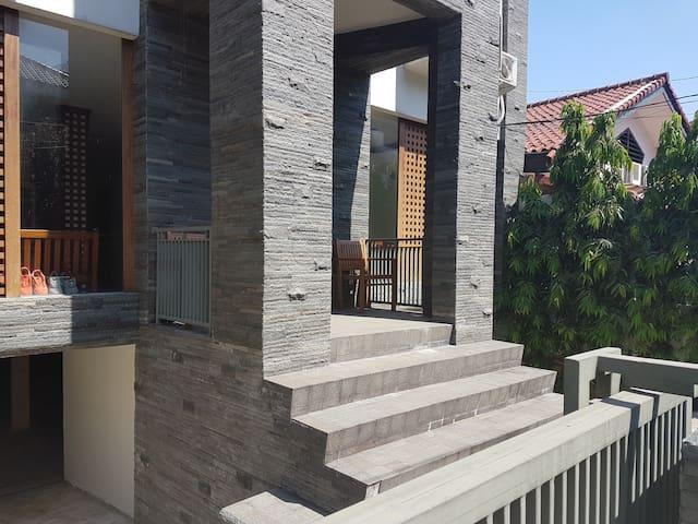 Gandaria Guest House