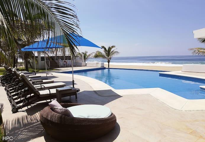 Fabulosa Suite de lujo en playa (vista  jardín)PB3