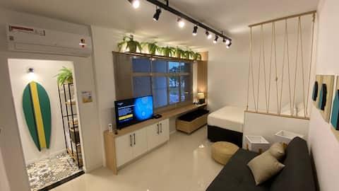 Studio moderno na avenida da praia