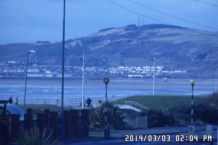 Aberavon Beachside Studio Flat - Port Talbot