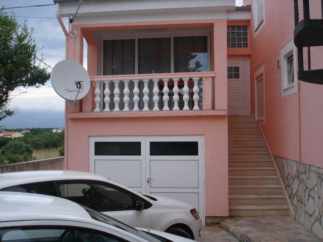 Apartment 3 Ruža 2+2 - Vrsi - Casa