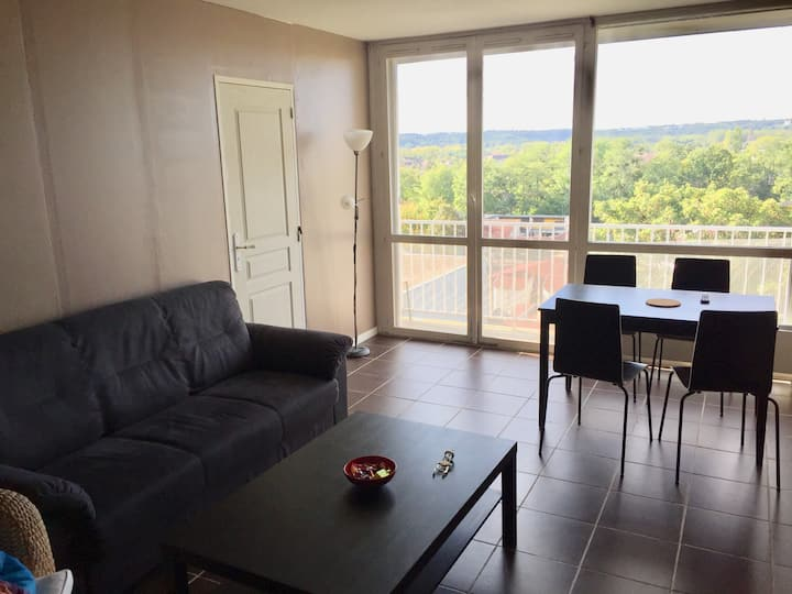 Cergy - Comfortable large apartment with 4 rooms