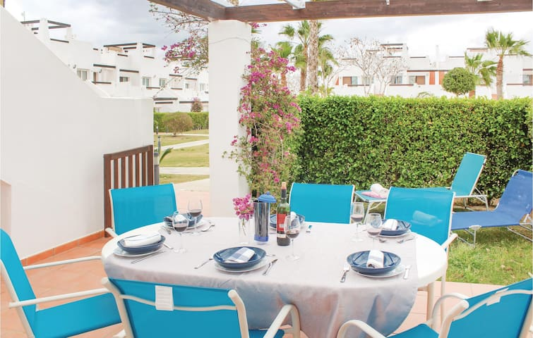 Beautiful home in Condado de Alhama with 3 Bedrooms and WiFi