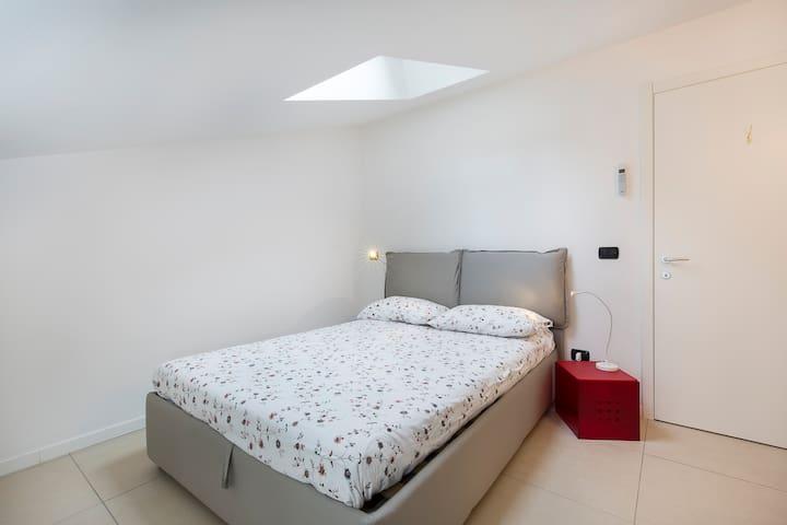Double bedroom at 2° floor.