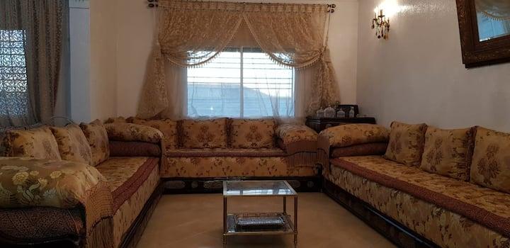 Très belle appartement très calme bien ensoleillé.