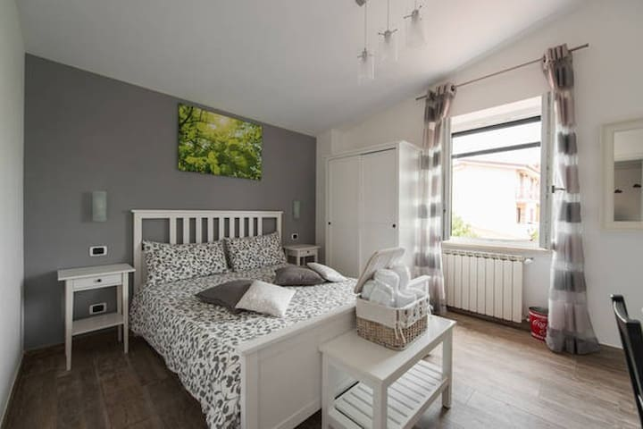 Double room with garden view (Room Danila) - Fiumicino