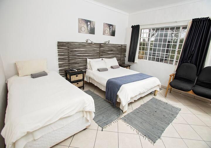 Aloe Travel Lodge 1