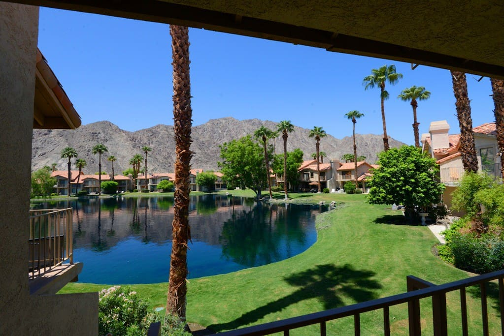 PGA West - Oranj Palm Vacation Rental Condo Lake View 15
