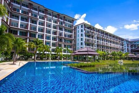 AD Studio Bangsaray pool&lake view - Tambon Bang Sa-re - Flat