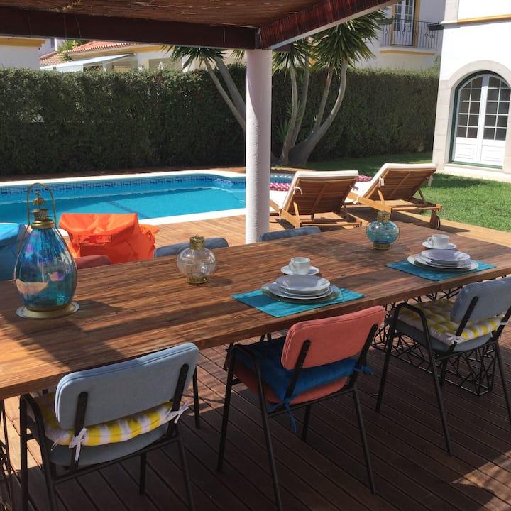 Vila Fabric - Spacious Vila with a renovated pool