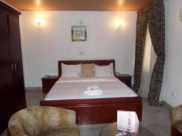 Georgio Hotel Annex-Executive Room