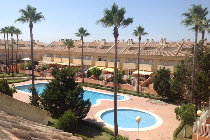 TOWNHOUSE FOR RENT IN EL PERELLONET BEACH VALENCIA - València - Rivitalo