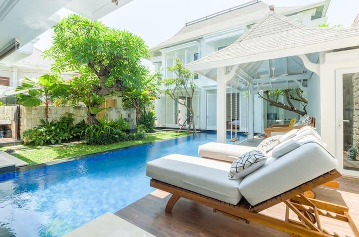Villa Bianca Canggu | 4 Bedroom Private Pool Villa