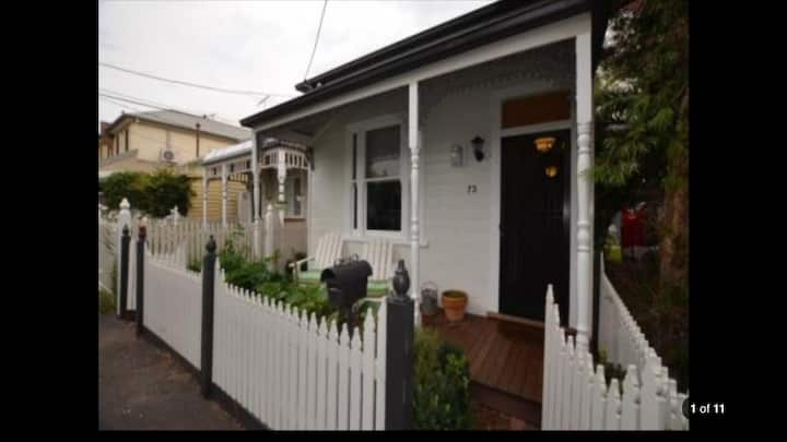 Perfect Cottage in Yarraville Village