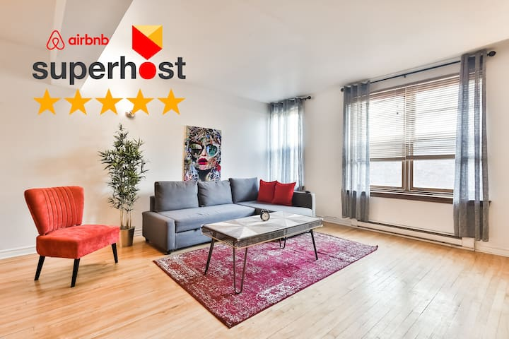 ⭐SPACIOUS 2 Floors❤️Parking❤️WalkScore 99❤️Metro⭐