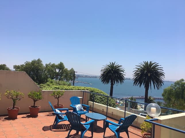 Beautiful views of Corio Bay and Geelong Yacht Club from extra large deck