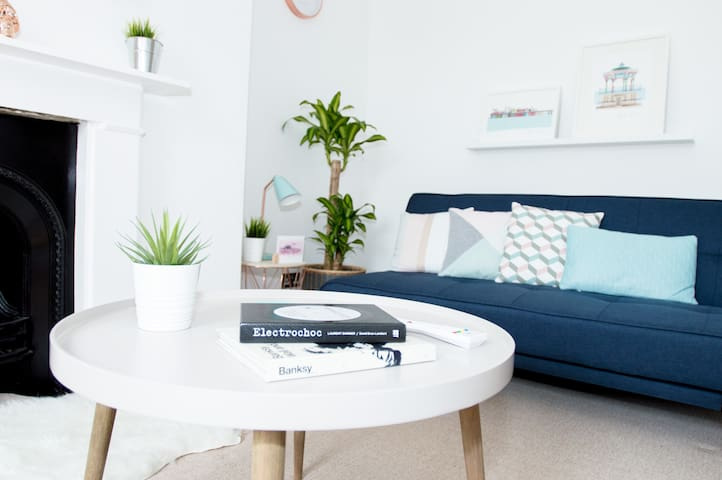 Beautiful, light, modern flat in Brighton & Hove - Hove - Lägenhet