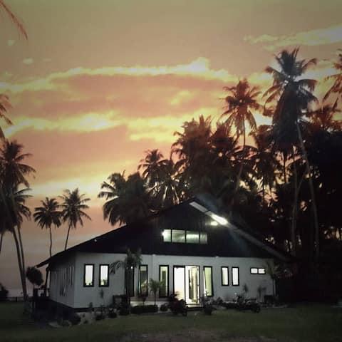 ISLAND TIME SIMEULUE BEACH HOUSE SEASIDE VIEW ROOM