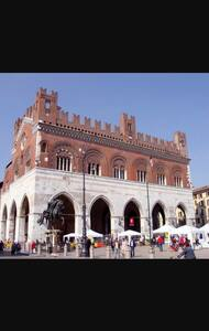 Bilocale centralissimo - Piacenza - Apartemen
