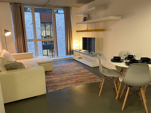65%OFF  Flat Next To the Curtain Club-Shoreditch